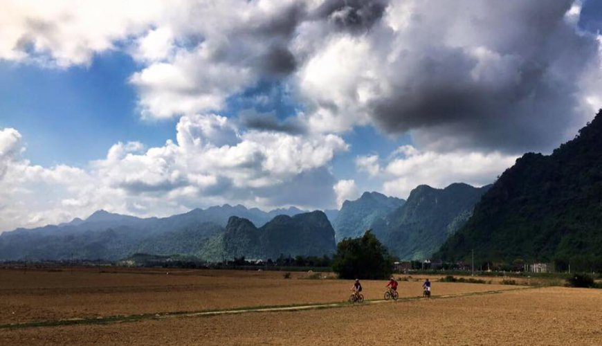 Cycling Ho Chi Minh Trail