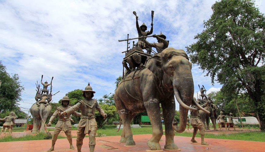 Elephant Kraal & Hero Monument Ayutthaya