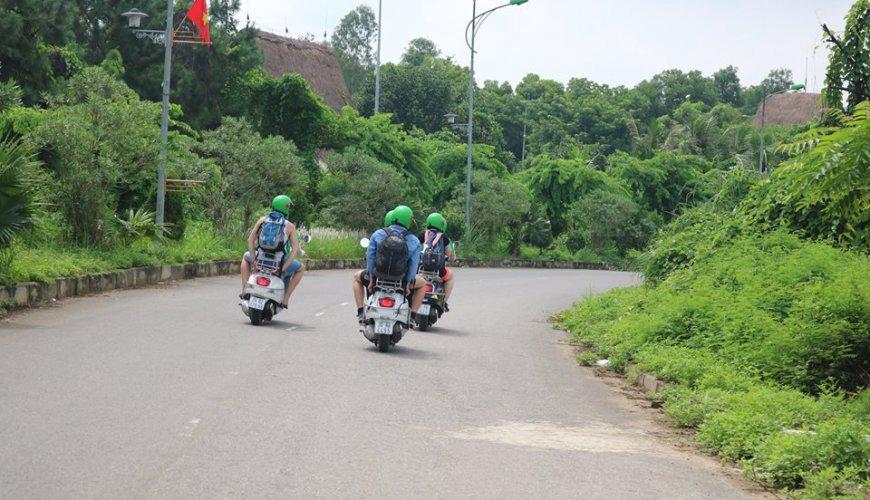 Hanoi Vespa Tour
