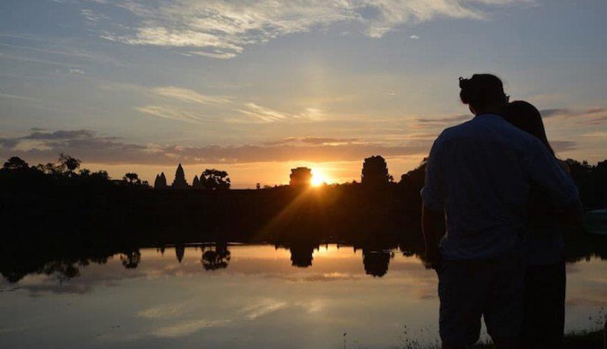 Angkor Sunrise Vespa Tour