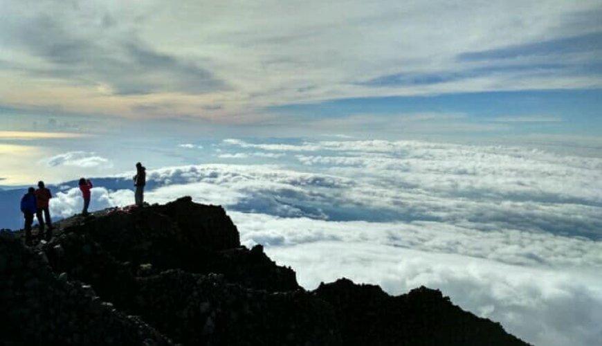 Trekking Mount Rinjani