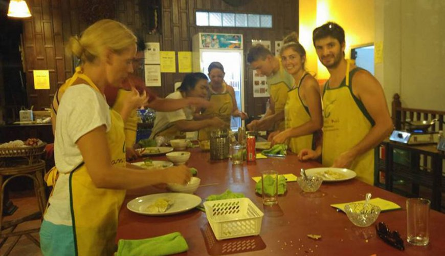Lanta Cookery School